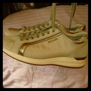 EUC Prada Sneakers/ 9.5